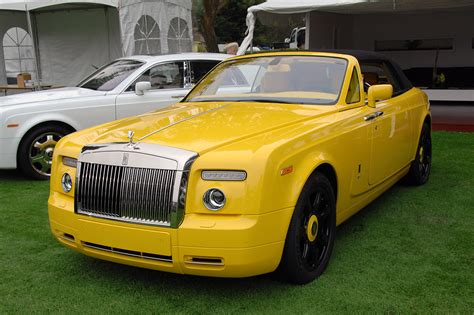 Monterey 2008 Yellow Rolls Royce Phantom Drophead Coupe