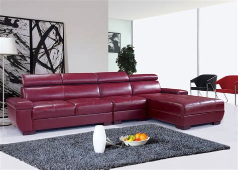 Living Room Ideas With Maroon Carpet by 18 Maroon Living Room Furniture And Interior Design Ideas