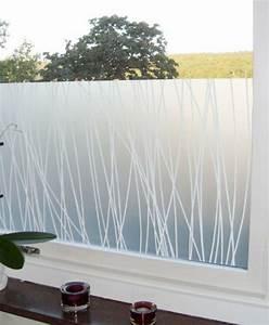 Selbstklebende Folie Fenster : selbstklebende fenster sichtschutzfolie schicke fensterdeko ~ Frokenaadalensverden.com Haus und Dekorationen