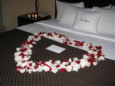 bedroom   feel romantic