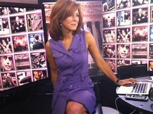 Stephanie Ruhle, Bloomberg TV's 'Market Makers' co-anchor ...