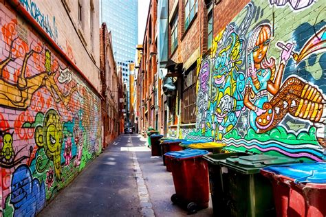 Graffiti Street : Street Art / Graffiti Art And Neighborhood Identity