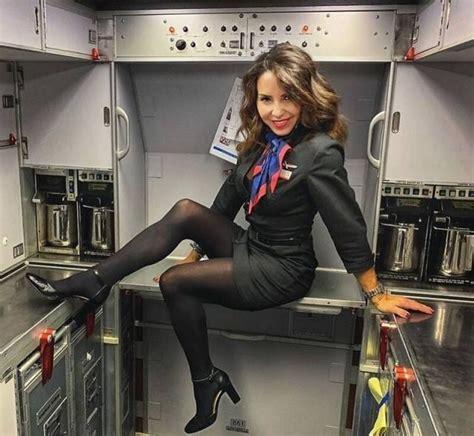 cute  sexy flight attendants barnorama