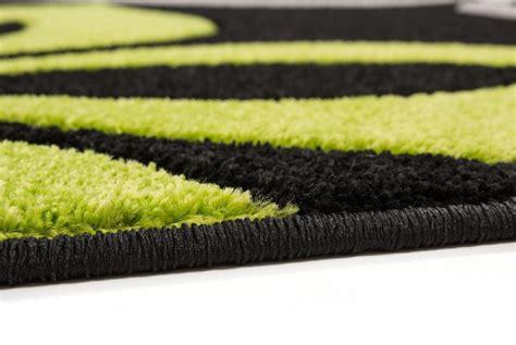 tapis gris  vert idees de decoration interieure