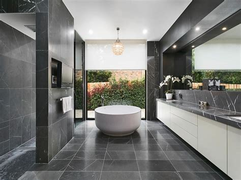 Modern Bathroom Design Australia by Newly Listed Architectural Mansion In Australia