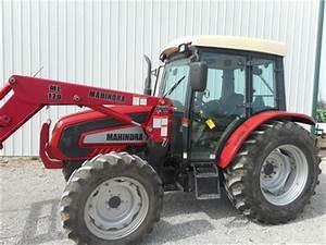 2007 Mahindra 7010 Tractor
