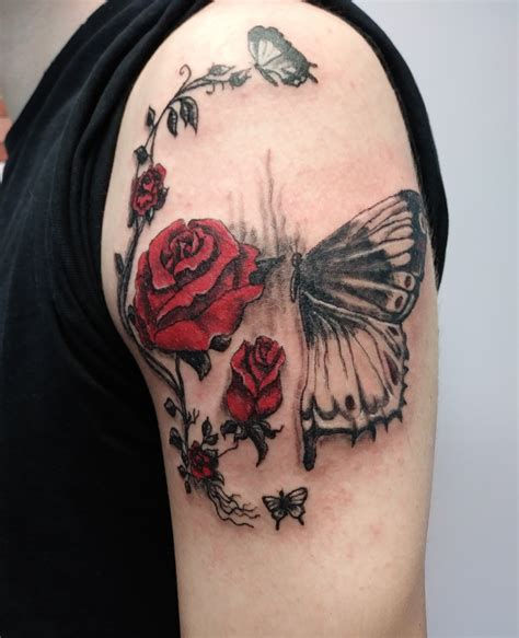 black  red tattoo  perks    artist