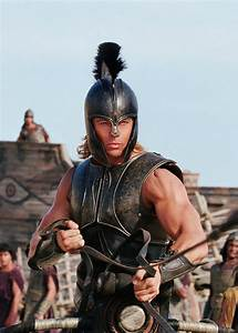 Brad Pitt as Achilles in 'Troy' (2004). Costume design by ...