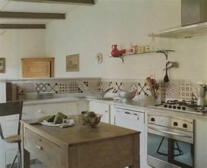 Carreau De Ciment Mural Cuisine : carreaux de ciment credence carreau ciment credence cuisine cuisine et carreaux de ciment ~ Louise-bijoux.com Idées de Décoration