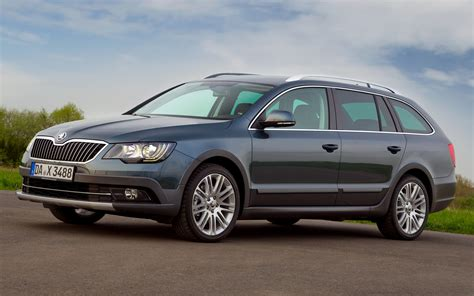Skoda Superb Combi Outdoor (2014) Wallpapers and HD Images ...
