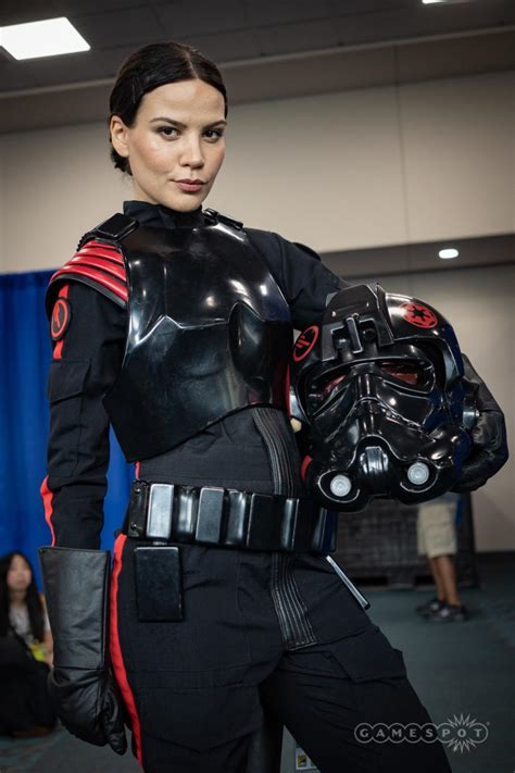 comic   sdccs  cosplay captain marvel
