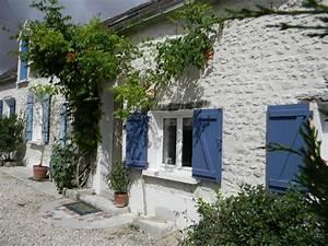 La Maison Du Volet : des volets la maison aux volets bleus ~ Melissatoandfro.com Idées de Décoration