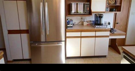 updating 1980s kitchen cabinets updating my 1980s kitchen hometalk 6679