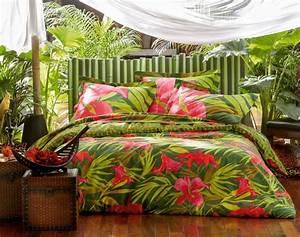 Parure De Lit Tropical : les 14 meilleures images du tableau housses de couette tropicales sur pinterest linge de lit ~ Teatrodelosmanantiales.com Idées de Décoration