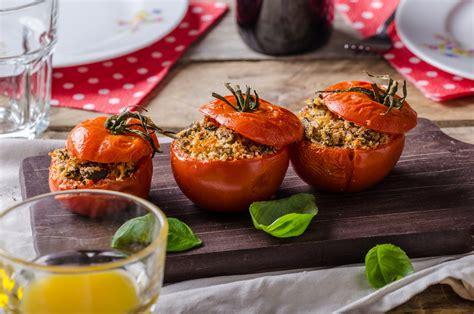Gefüllte Tomaten • Genius Rezeptwelt