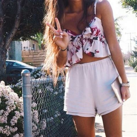 Top summer tropical girl fashion outfit tumblr outfit style - Wheretoget