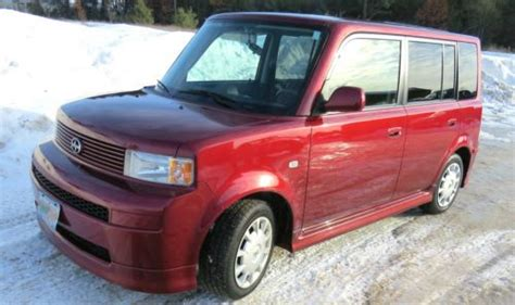 Buy Used 2006 Salsa Red Toyota Scion Xb Clean One-owner