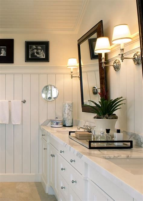 white bathroom beadboard    touch  masculine