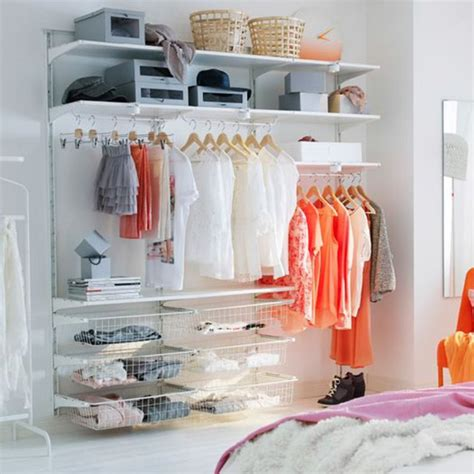 dressing ouvert chambre s 39 offrir un dressing ouvert pour l 39 intégrer pleinement