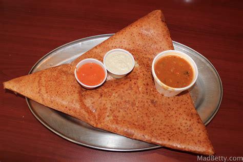 snack cuisine indian food in