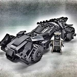 Lego Batman Batmobile : best 25 lego batmobile ideas on pinterest batcave lego star wars and lego creations ~ Nature-et-papiers.com Idées de Décoration