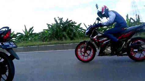 dua xe honda sonic  suzuki raider  fi  youtube