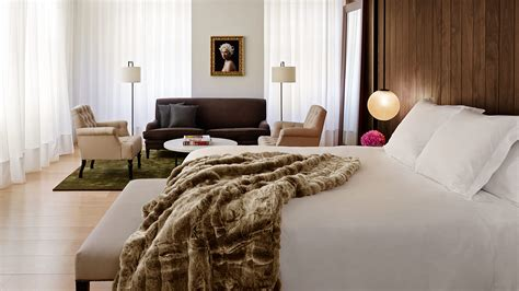 edition hotel bed luxury edition hotel decor  ian schrager