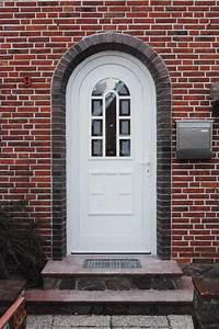 Balkonbeläge Aus Kunststoff : haust ren aus holz kunststoff aluminium ~ Michelbontemps.com Haus und Dekorationen