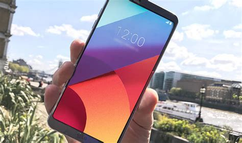 lg g6 review a return to form but is it enough to take on the might of the galaxy s8 tech
