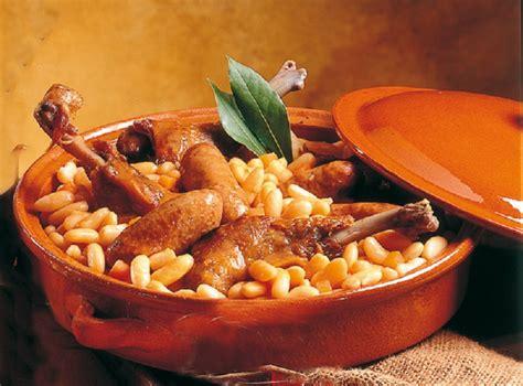 cuisiner avec des restes cassoulet au confit de canard recettes cookeo