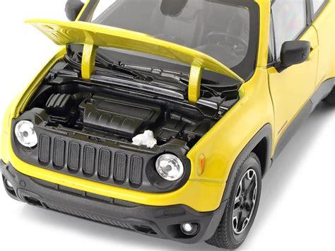 2016 Jeep Renegade Trailhawk Amarillo 1:24 Welly 24071