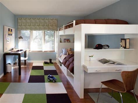 schlafzimmer ideen doppelstock jugendzimmer gestalten junge braun gr 252 n wei 223 hochbetten