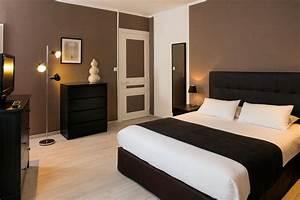 Chambres Climatises Lhotel Les Pierres Dores Proche Lyon