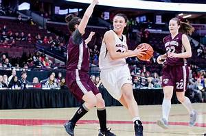 Women's basketball team extends win streak – The Charlatan ...