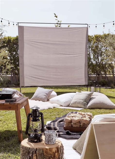 diy outdoor  screen ideas   magical backyard