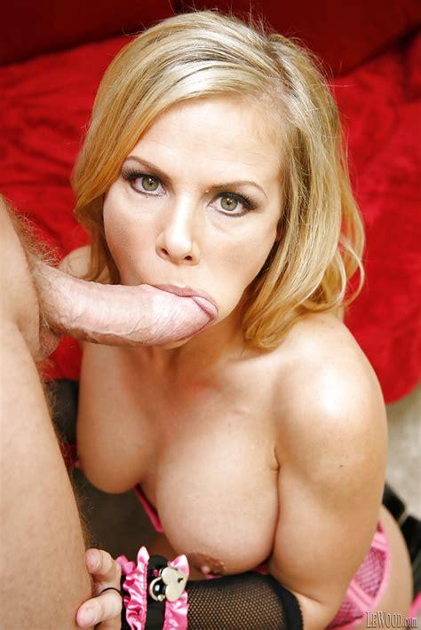 Hot Milf Pornstar Kayla Synz In Sexy Lingerie Enjoys Hardcore Sex
