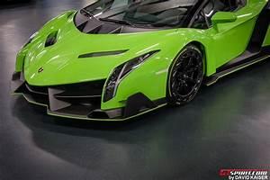 Lamborghini Veneno Roadster : meet the last lamborghini veneno roadster chassis 9 in verde miura color gtspirit ~ Maxctalentgroup.com Avis de Voitures