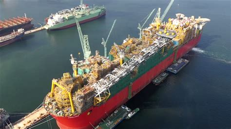 home design engineer shell reviews prelude flng s year 2016 lng
