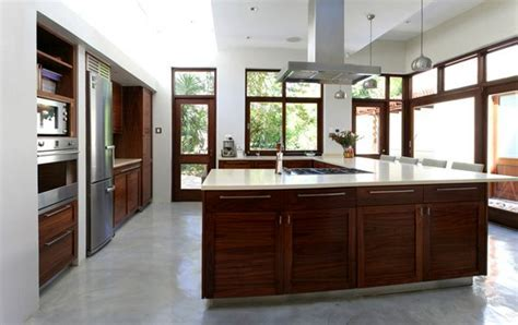 15 Contemporary U shaped Kitchen Designs   Home Design Lover