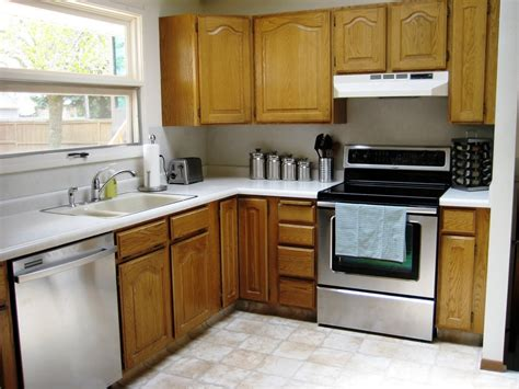 how do you measure for new kitchen cabinets how to make old kitchen cabinets look new painting kitchen