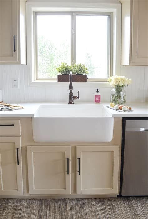 white kitchen farmhouse sink farmhouse style kitchen makeover 1372