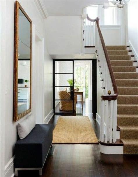 Flur Quadratisch Gestalten by Treppenteppich Bringt Den Eingangsraum Auf H 246 Heren Level