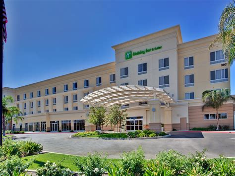 Holiday Inn Hotel & Suites Bakersfield Hotel by IHG