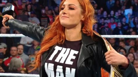 becky lynch comments  taylor swifts  single  man