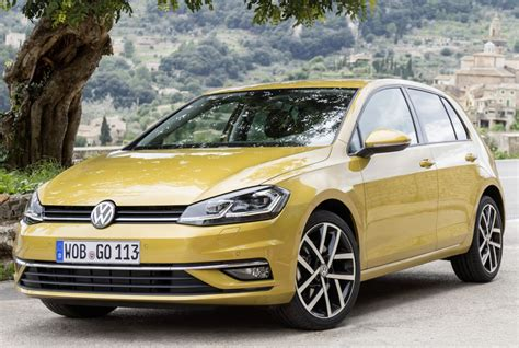 The golf's fuel economy and emissions are very competitive with co2 emissions of just 110g/km for the most efficient diesel versions currently available. volkswagen golf (9)