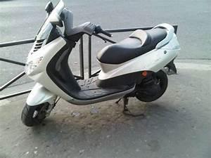 Scooter Occasion Marseille : achat scooter occasion achat moto scooter rumi occasion quelques liens utiles achat moto ~ Medecine-chirurgie-esthetiques.com Avis de Voitures