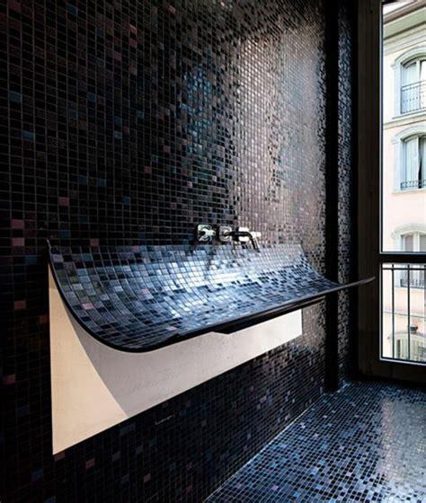 la beaut 233 de la salle de bain noire en 44 images