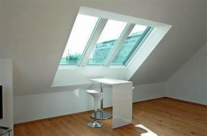 Roto Dachfenster Klemmt : arbeitsplatz mit roto panorama dachfenster azuro ~ A.2002-acura-tl-radio.info Haus und Dekorationen