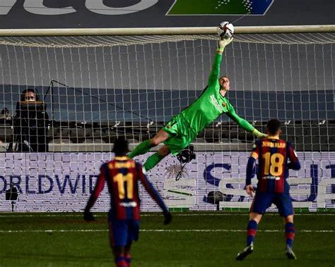 Ter Stegen's saves put Barça past Sociedad in Super Cup ...