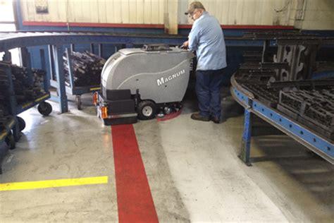 Tomcat 2700 Floor Scrubber by Tomcat Floor Scrubber Orbital Scrubber Gtx Rider